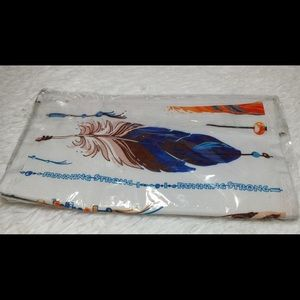 Vintage Running Strong Feather Print Pouch
